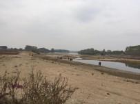 ARAZİ ARACI - Maceracı Gencin 'Off Road' U Meriç'in Serin Sularında Bitti
