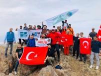 Tuzluca'da Tekelti Dağına Cumhuriyet Bayramı Anısına Tırmanış Düzenlendi