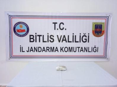Bitlis'te Jandarma Ve Polisten Uyuşturucu Operasyonu