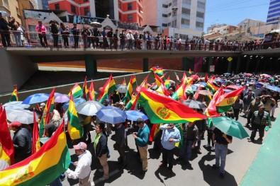 Bolivya'da Protesto Gösterileri Devam Ediyor Açıklaması 2 Ölü, 6 Yaralı