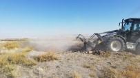Kapadokya'da 5 Bin Yıllık Höyük Definecilerin Hedefi Haline Geldi