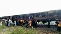 PENCAP - Pakistan'da Tren Yangını Faciası Açıklaması 62 Ölü