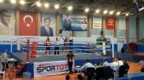 DAMAT İBRAHİM PAŞA - Salihlili Sporcu Muay Thai'de Türkiye Şampiyonu