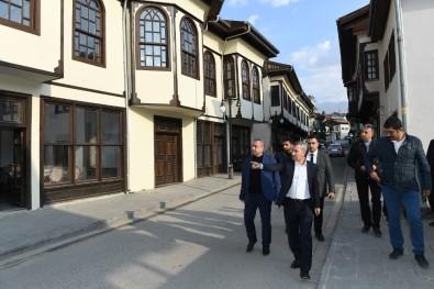 Yeşilyurt Belediye Başkanı Başkanı Çınar, Çalışmaları Yerinde İnceledi