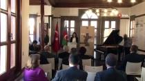 ŞAMIL AYRıM - Büyükelçi Hazar İbrahim'den Ankara Gökyay Vakfı Müzesi'ne Özel Satranç Takımı