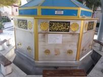 Depremde Hasar Gören Bakırköy Yenimahalle Camii İbadete Kapatıldı