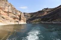Takoran Vadisi Ve Kanyonlarına Ziyaretçi Akını