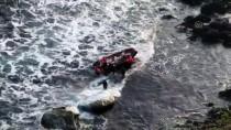 Balıkçılar Kayalıklarda Mahsur Kaldı