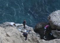 AMATÖR BALIKÇI - Falezlerde Mahsur Kalan Amatör Balıkçı Kurtarıldı