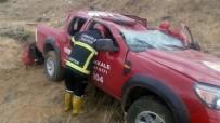 Orman İşletme Müdürlüğüne Ait Kamyonet Kaza Yaptı Açıklaması 2 Yaralı