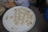 Boyabatlı Kadınların Kış İçin Ekmek Hazırlığı