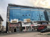 Bursa'da AVM'de Çıkan Yangın Korkuttu