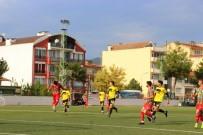 FAHRETTİN POYRAZ - Dili Nefes Borusuna Futbolcu Ölümden Döndü