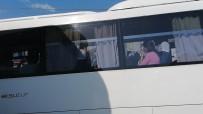 Manavgat'ta Tur Midibüsü Tur Otobüsüne Arkadan Çarptı  Açıklaması 6 Yaralı
