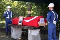 İSMAIL ÇORUMLUOĞLU - Uzman Çavuş Son Yolculuğuna Uğurlandı