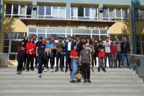 ISPARTA BELEDİYESİ - Bakan Selçuk'un Çağrısı Karşılık Buldu, Isparta'da Okullarda Köpek Sahiplendirme Çalışması