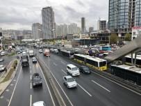Esenyurt'ta Metrobüs Kazası Açıklaması 6 Yaralı