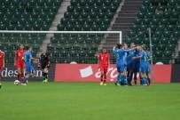 MEDINE - Kadınlar Avrupa Futbol Şampiyonası Elemeleri Açıklaması Türkiye Açıklaması 0 - Slovenya Açıklaması 5 (İlk Yarı)