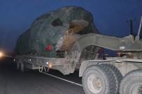 ALAY KOMUTANLIĞI - Suriye Sınırına Zırhlı Araçlar Sevk Ediliyor