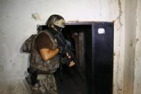 CEZAEVİ MÜDÜRÜ - Adana Merkezli 5 İlde 800 Polisle Dev Çete Operasyonu Açıklaması 74 Gözaltı Kararı