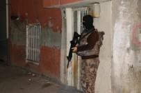 CEZAEVİ MÜDÜRÜ - Adana Merkezli 5 İlde Dev Çete Operasyonu Açıklaması 74 Gözaltı Kararı