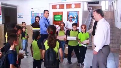 Siirt'te Hayırsever İş Adamından Öğrencilere Ayakkabı Yardımı