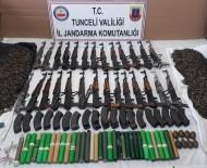 Tunceli'de Teröristlerin 2 Silah Deposu İmha Edildi