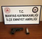 Balıkesir'de Polis 4 Silah Ve 341 Mermi Yakaladı