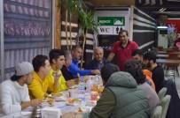 Bayırköysporlu Futbolcular Zorlu Bilecikspor Maçı Öncesi Yemekte Buluştular