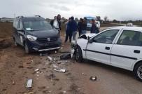Kamu Görevlerini Taşıyan Araç Kaza Yaptı Açıklaması 1 Yaralı