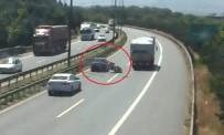 Kocaeli'de Sürücülerin Hatalarından Oluşan Kazalar Kamerada