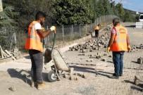 KALDIRIMLAR - Körfez'de Kaldırım Çalışmaları Sürüyor
