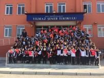 Miniklerden, Mehmetçik'e Yürekleri Isıtan Hediyeler