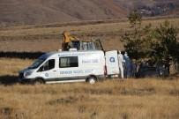 ALI ÇıNAR - Antalya'da Evinde Ölü Bulunan Ailenin Cenazeleri Erzurum'da Toprağa Verildi