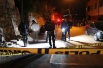 Arkadaşları İle Sokak Ortasında Sohbet Ederken Başından Vurularak Ağır Yaralandı