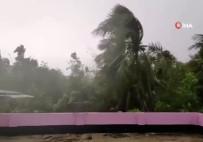 ŞİDDETLİ FIRTINA - Bangladeş'i Ve Hindistan'ı Bulbul Kasırgası Vurdu Açıklaması 14 Ölü