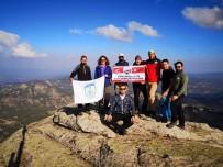 Dağda Atatürk'e Saygı Duruşu