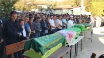 İŞÇİ SERVİSİ - Feci Kazada Hayatını Kaybeden Anne, Baba Ve Bebekleri Son Yolculuğuna Uğurlandı