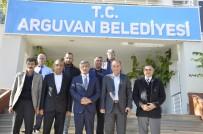 MİNİBÜSÇÜ - Minibüsçüler Ve Servisçiler Odası Başkanı İnce, Arguvan'ı Ziyaret Etti