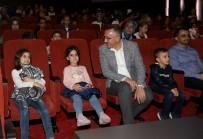 NASREDDIN HOCA - 'Nasreddin Hoca Ve Çılgın Eşek' İsimli Tiyatro OKM'de Sergilendi