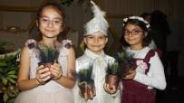 SÜNNET DÜĞÜNÜ - Balıkesir'de Düğünde Şeker Yerine Fidan Dağıtıldı