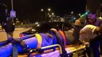 Bursa'da İki Otomobilin Çarpışması Sonucu 3 Kişi Yaralandı