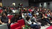 Tyler Weiss Sinema Öğrencileriyle Bir Araya Geldi