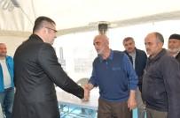 ALI ÇıNAR - Vali Memiş, Antalya'daki Evlerinde Ölü Bulunan 4 Kişilik Ailenin Yakınlarına Taziye Ziyaretinde Bulundu