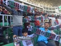 Diyarbakırspor'un Taraftar Grubu Otizmli Çocukları Statta Ağırladı