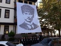 Miniklerin Atatürk Sevgisi El İzleriyle, Portreye Dönüştü