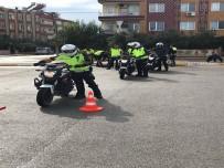 Motosikletli Trafik Polis Timlerine Sürüş Teknikleri Eğitimi Verildi