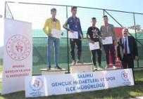 Salihli'de Öğrenciler Atatürk'ü Anmak İçin Koştu