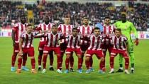 İTTIFAK HOLDING - Sivasspor, 10 Sezon Sonra Liderlik Koltuğuna Oturdu