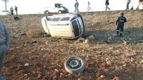 Tekeri Kopan Araç Otomobille Çarpıştı Açıklaması 4 Yaralı
